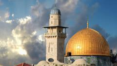 Clouds behind the minaret and mosque of Al-aqsa in Jerusalem Stock Footage