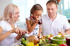 Family dinner Kuvituskuvat