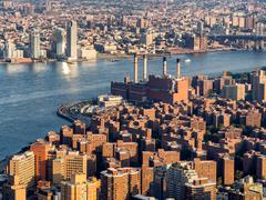 The East Village and the Con Edison East River generating statio Stock Photos