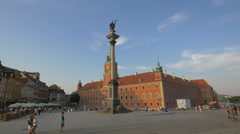 Sigismund's Column and Royal Castle in Warsaw Stock Footage