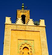 History in maroc africa  minaret religion and the blue     sky Kuvituskuvat