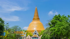 Chedi Phra Pathom Chedi large in Southeast Asia Stock Footage