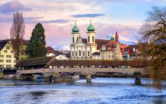 Lucerne, Switzerland, view over the Reuss river to the wooden Spreuer Bridge, Stock Photos