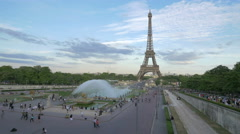 Amazing view of Trocadero Gardens and Eiffel Tower in the afternoon, Paris Stock Footage