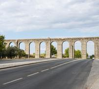 Oud Roman aquaduct in Evora. Stock Photos