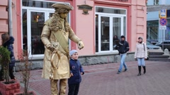 Alive sculpture on Arbat street in Moscow, Russia. Stock Footage