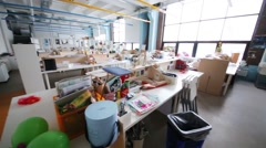 Empty big workshop in British high school of design in Moscow Stock Footage