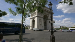 Traffic on Place Charles de Gaulle, next to the Arc de Triomphe in Paris Stock Footage