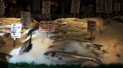 Salmon pike place market Stock Footage