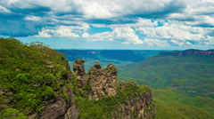 Three Sisters in the Blue Mountains, Australia Stock Footage