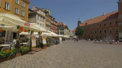 La Dolce Vita italian restaurant in Castle Square, Warsaw Stock Footage