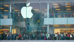 Huge Apple store, spanning a major urban street in Hong Kong, China. Stock Footage