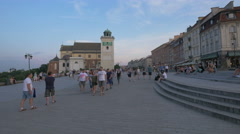 Walking in plac Zamkowy in the afternoon, Warsaw Stock Footage
