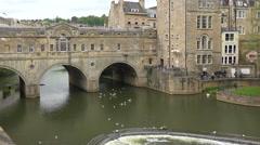 Establishing shot of a covered bridge in Bath, England. Stock Footage