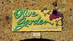 4K loop, Olive Garden Italian restaurant Stock Footage