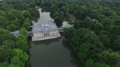 Great aerial view of Palace on the Water in Warsaw Stock Footage
