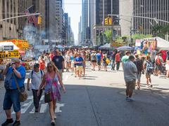 Street fair at 6th Avenue in midtown New York City Stock Photos