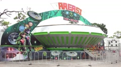 Spinning Alien UFO Area 51 Ride At Carnival Arkistovideo