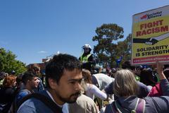 Anti Racism protesters clash with Reclaim Australia Stock Photos