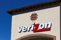 Verizon Wireless Retail Store Stock Photos