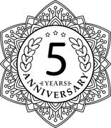 Vintage anniversary 5 years round emblem in mono line style. - stock illustration
