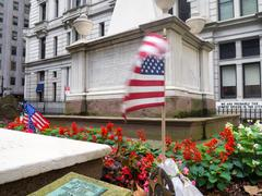 The grave of Alexander Hamilton at the Trinity Church Cemetery i Stock Photos