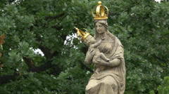 Barocque statue of Mother of God, with her child - Jesus, Warsaw Stock Footage
