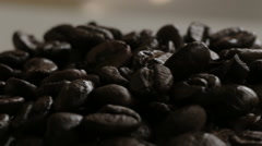 Light sweep over coffee beans Stock Footage