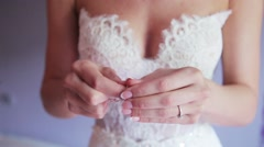 The bride puts on the hand bracelet Stock Footage