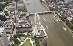 United Kingdom, London, Aerial view of River Thames with London Eye and Kuvituskuvat
