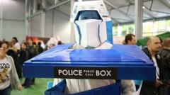 Man dressed as public phone box at Everycon in Sokolniki Stock Footage