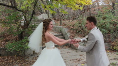 Bride and groom danceing bachata at the wedding. Stock Footage