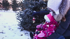 Decoration the Christmas tree Stock Footage