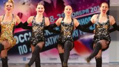 A group of young women fiery dance sports acrobatic rock-n-roll formation. Stock Footage