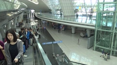 People On Escalator At Incheon International Airport In South Korea-Dan Stock Footage