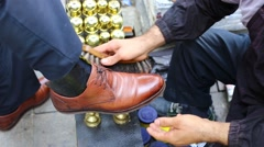 Cleaner man shoes on the streets of Istanbul. Istanbul. Turkey. Stock Footage