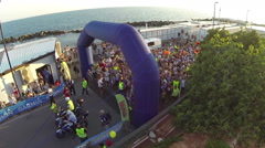 A view of the start of the half marathon of Chiavari Stock Footage