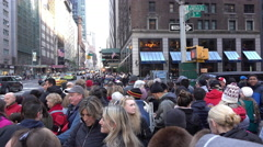 Crowds of people waiting for 89th annual Macys parade 4k Stock Footage