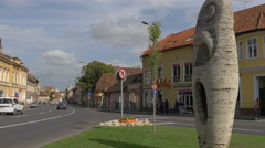 Sculpture at the crossroad of Heroes Boulevard with Balcescu street, Brasov Stock Footage