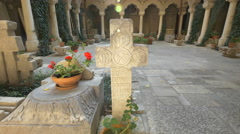 The interior courtyard of Stavropoleos Church in Bucharest Stock Footage