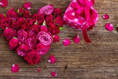 Pile  of mauve roses Stock Photos