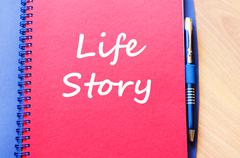 Life story write on notebook Kuvituskuvat