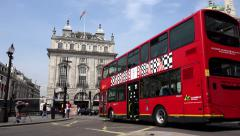 4K Timelapse Traffic at Piccadilly Circus in London, Tourists Traveling Europa Stock Footage