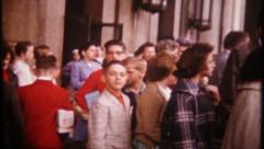 2960 - school children & teachers on field trip in city -vintage film home movie Stock Footage