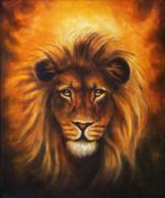 Lion close up portrait, lion head with golden mane, beautiful detailed oil - stock illustration