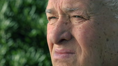Old man closeup portrait: serenity, confidence, positive thinking Stock Footage