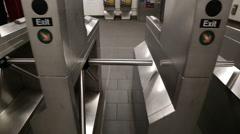 New York City Subway Turn Stile Exit in Underground Train Station Arkistovideo