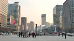 Admiral Yi Sun-Shin statue at Gwanghwamun Stock Footage