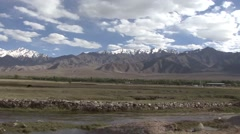 Drive along mountaineous landscape in Indus valley. Stock Footage