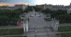 4K Aerial shot of Volgograd city in russia. Columns, steps and fountain. - stock footage